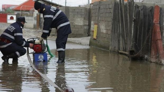 Inundații în București