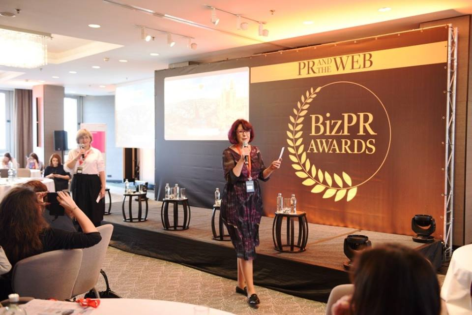 PR and the Web 2016 Revista Biz