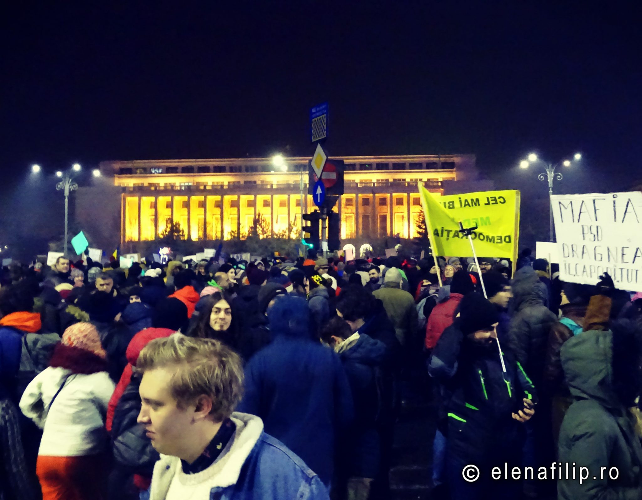 02.02.2017. Bucharest. 80.000 people. Emotional moments&funny messages. #Romania